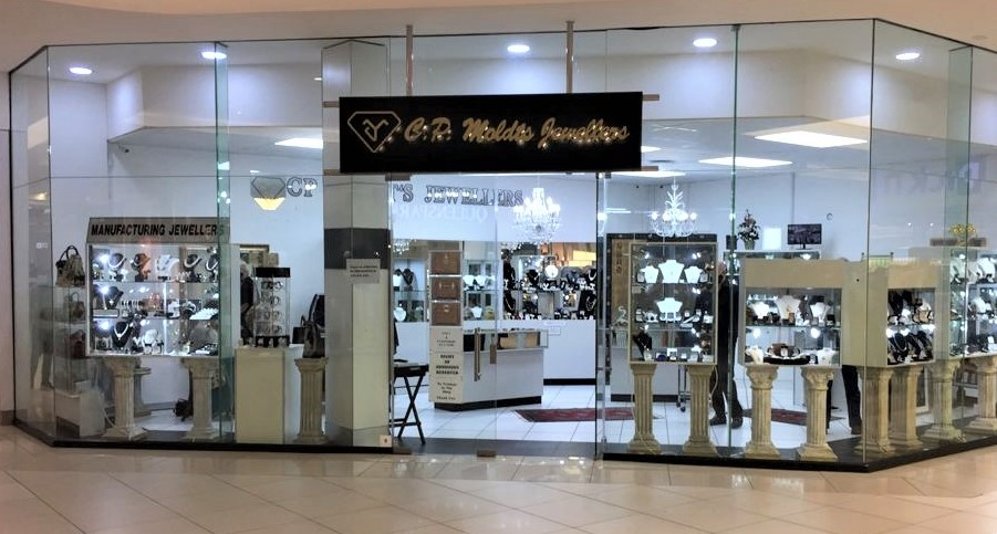 CP Moldts Jewellers Front Shop Cropped